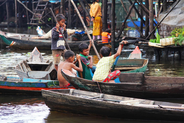 Het plattelandsleven aan Tonle Sap  Varen door het paaldorp Kompong Khleang Kriski Plus