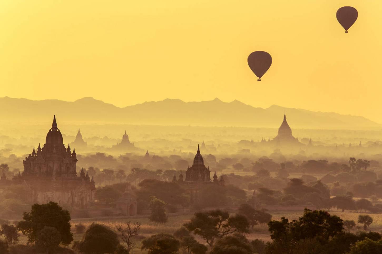 Zweef boven eindeloze tempels Ballonvaart boven de mooiste tempels van Azië Kriski Plus
