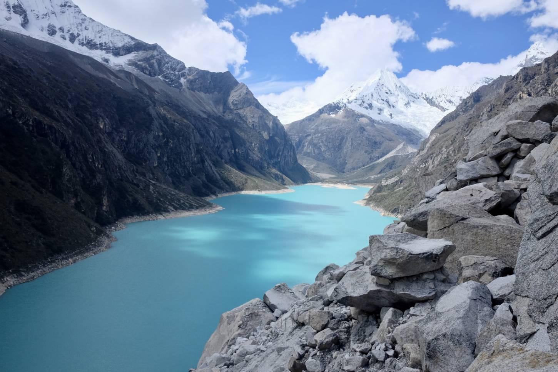 De pittoreske meren van de Cordillera Blanca Trek de natuur van het Huarascan Nationaal Park in Kriski Plus