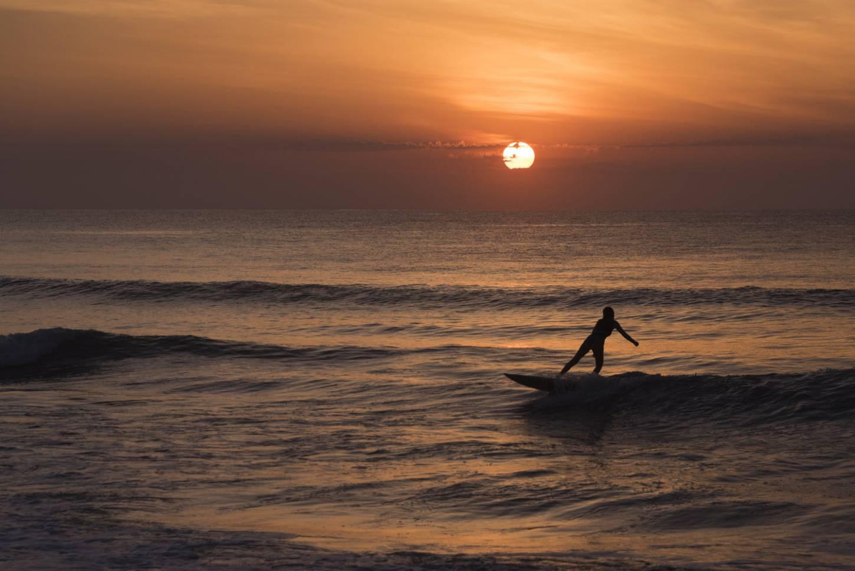 Leer surfen in Santa Teresa Actief ontspannen aan een paradijselijk strand Kriski Plus