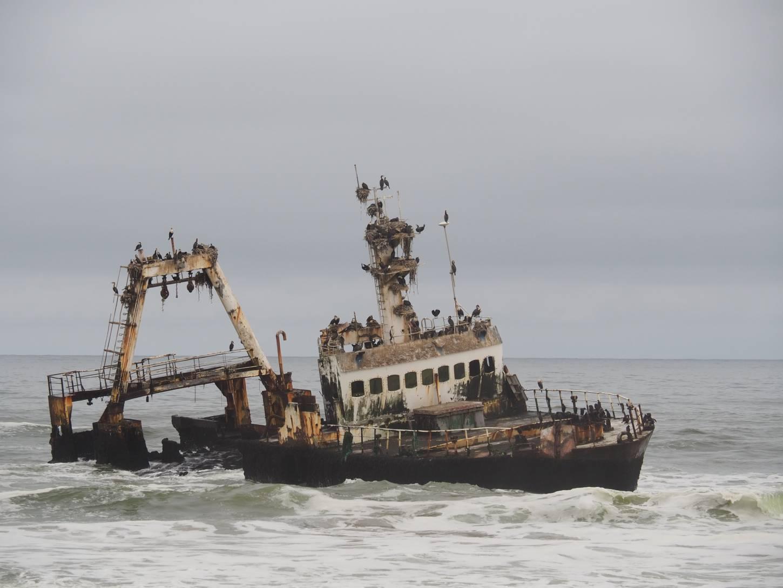 Tel de gestrande scheepswrakken  Een avontuurlijke rit langs de Skeleton Coast Kriski Plus