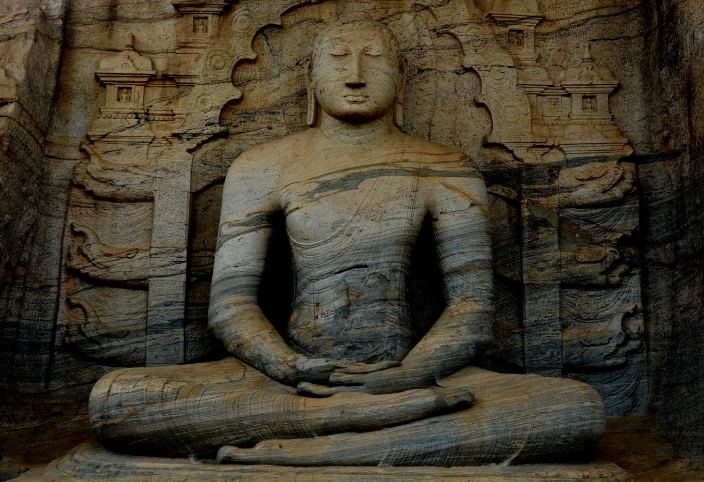 Met de fiets door Polonnaruwa Kriski Plus