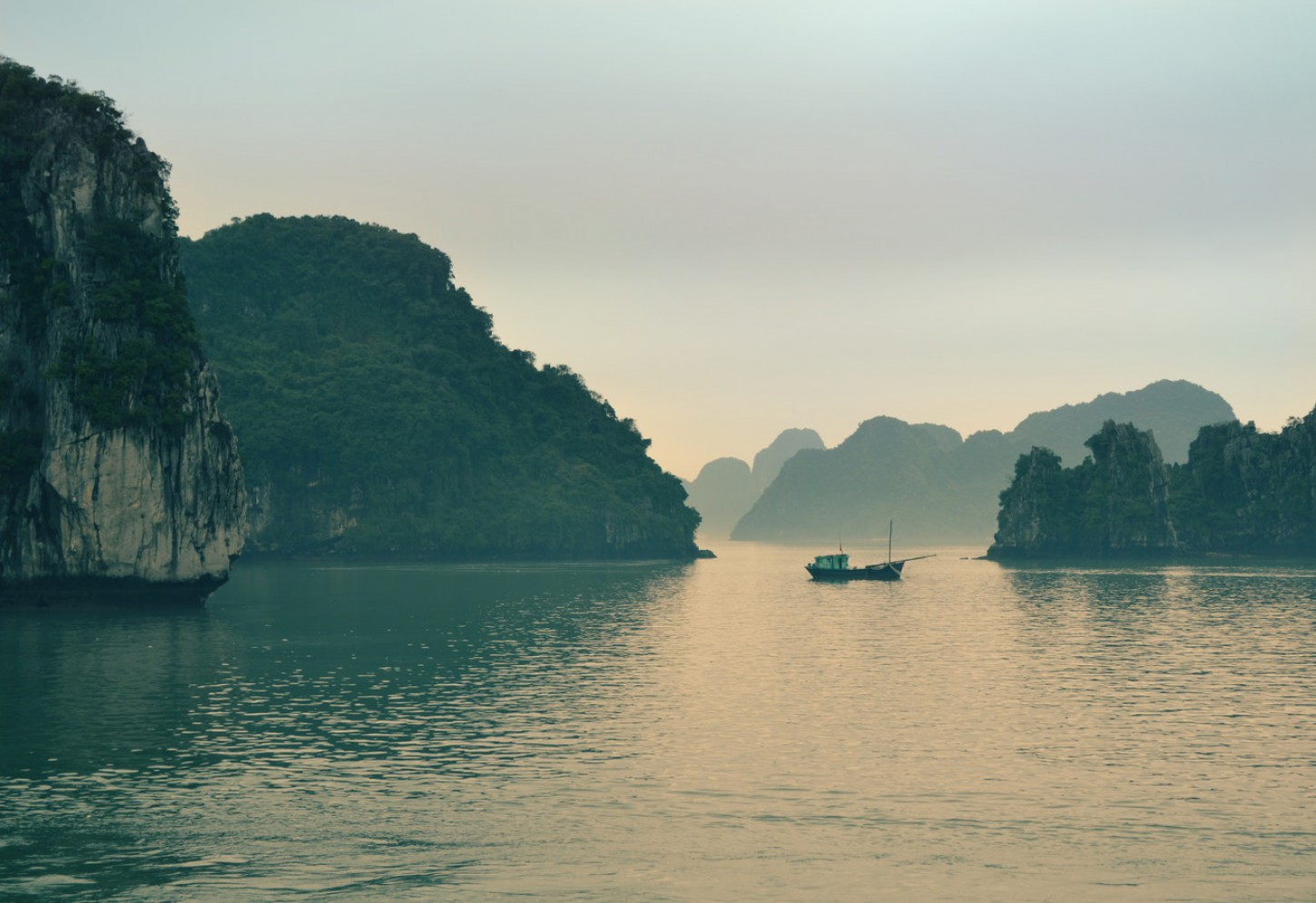 Schilderachtige cruise in Ha Long Bay Kriski Plus