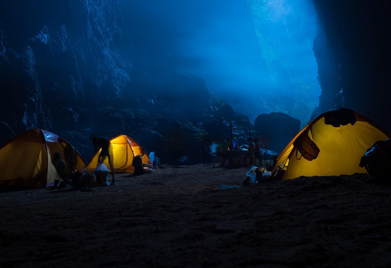 Kamperen in de grootste grot ter wereld Kriski Plus