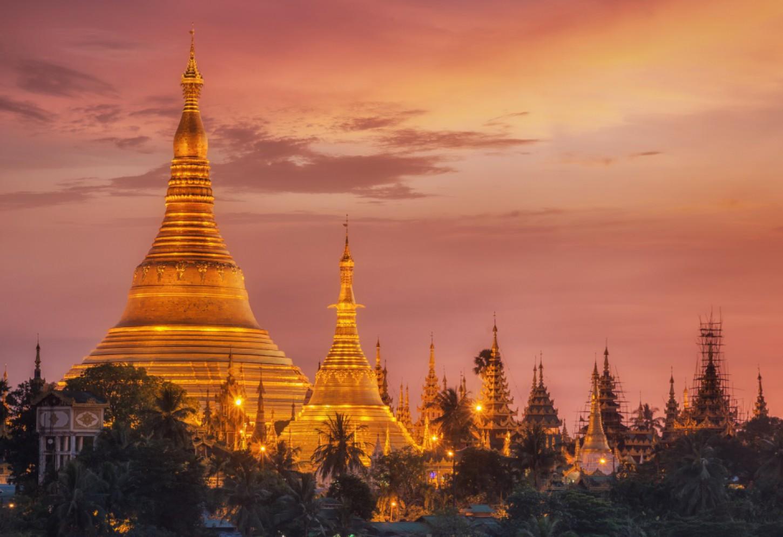 Spirituele ervaring in de Shwedagon pagode Kriski Plus