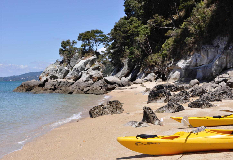 Zeekajakken in Abel Tasman Verlaten baaien ontdekken langs de Coast Track Kriski Plus