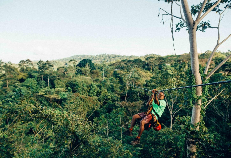Vlieg als Superman door het Nevelwoud van Monteverde Ziplinen boven tropische boomtoppen Kriski Plus