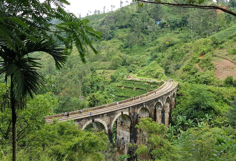Kriski Sri Lanka Ella bridge arches nature