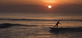 Leer surfen in Santa Teresa Actief ontspannen aan een paradijselijk strand Kriski