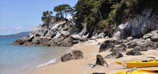 Zeekajakken in Abel Tasman Verlaten baaien ontdekken langs de Coast Track Kriski